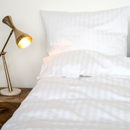 King White Fitted Sheet 300TC