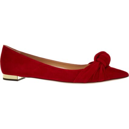 Red Pointed Shoes