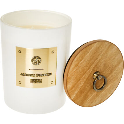 Almond Pumpkin Scented Candle 777g